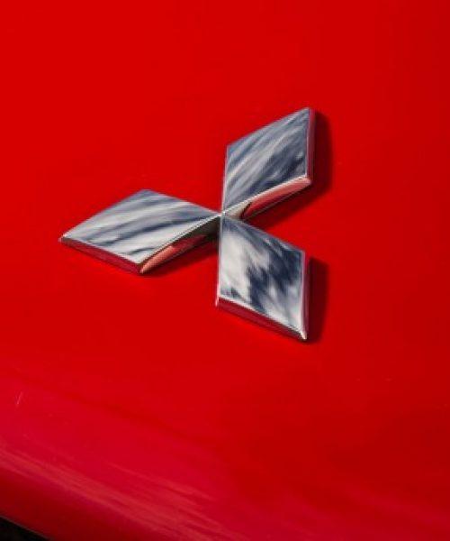2014-Mitsubishi-MiEV-Evolution-III-badge-516x343
